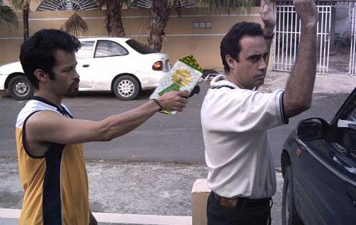 Detienen a un hombre que atacaba a sus víctimas con un Adoquín del Pilar