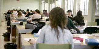 La sala de estudio de Filosofía y Letras copiará el modelo deRyanair paraaprender a optimizar más el espacio
