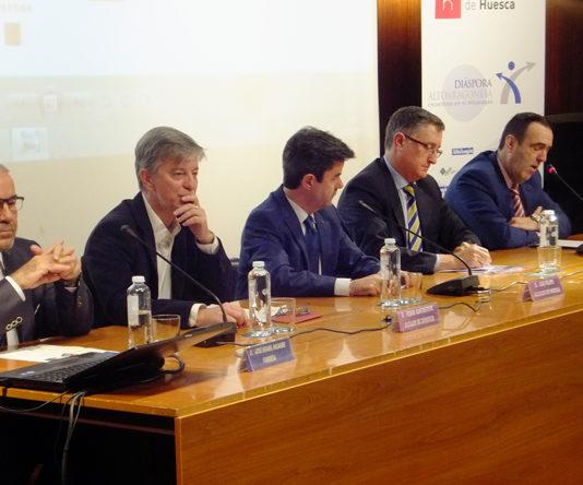 Zaragoza y Huesca decidirán tras el derbi quién se queda con Teruel