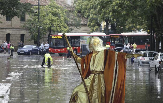 El Ayuntamiento contacta con Moisés para separar las aguas