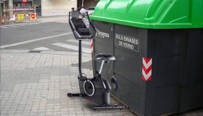 Deja su bicicleta estática en la basura y crea un nuevo servicio de alquiler de bicis