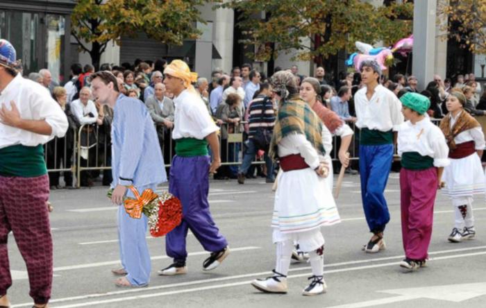 El pijama sustituye al traje de baturro como traje tradicional en Aragón