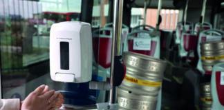 Tras la implantación de dispensadores de gel en el transporte público, el Ayuntamiento de Zaragoza instalará grifos de cerveza