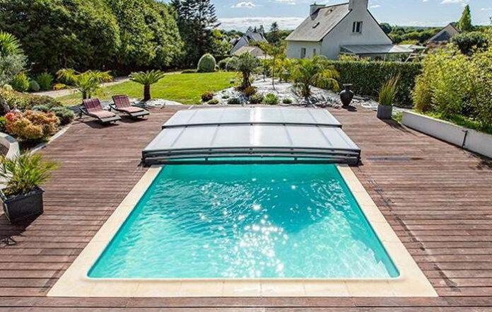 Tener amigos con piscina en casa, el consejo que da el Ministerio de Sanidad para prevenir el calor